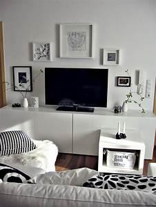 Schwarz Weiße Wohnwand : die 25 besten ideen zu wandbilder schwarz wei auf pinterest wei e wandkunst bilderrahmen ~ Frokenaadalensverden.com Haus und Dekorationen