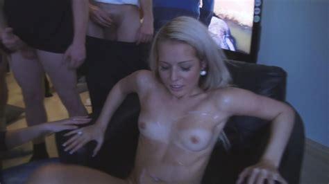 Kirmess Dilettante Teen Gets Gangbanged Teen Porn Pics
