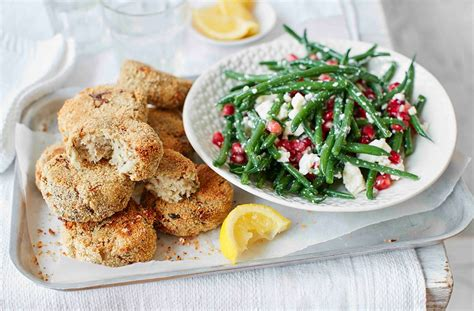 smoked mackerel fishcakes  green bean  feta salad