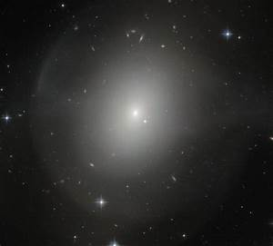 Hubble Sees Shell Elliptical Galaxy NGC 2865   Astronomy ...