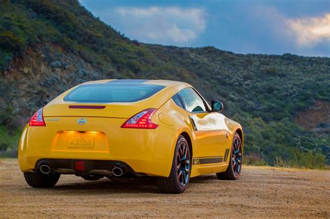 2018 Nissan 370Z starts at $30,875 | The Torque Report
