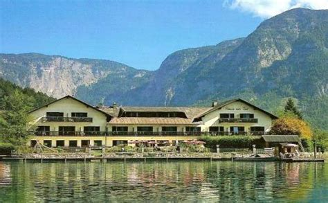 Hotel Haus Am See Obertraun  Compare Deals