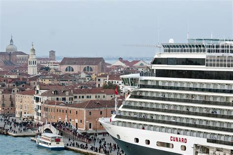 Venice Is Fed Up With Cruise Ships And Angry Protesters ...