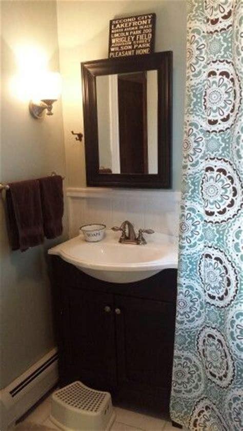 bathroom  target curtain   behr rhino paint