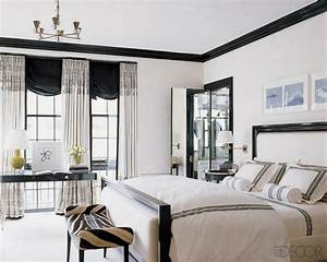 19 Traditional Black And White Bedroom That Inspire