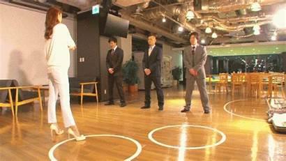 Japan Apologize Gifs Hilarious Ways Japanese Apology