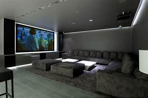 Le Family Cinema : concrete house ii a cero mundae architecture travel ~ Melissatoandfro.com Idées de Décoration