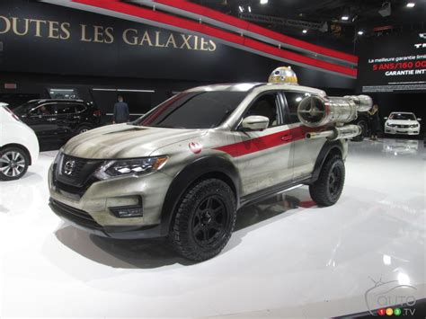 2017 nissan rogue star wars nissan keeps star wars fun going at montreal auto show