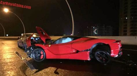 ferrari laferrari crash ferrari laferrari worth 3 7 million crashes in china by a