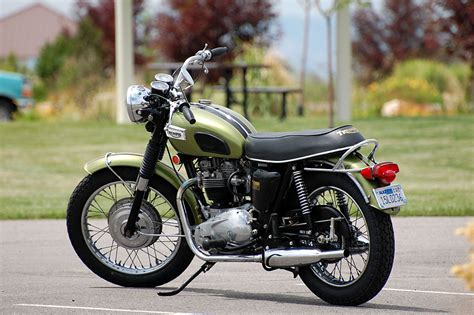 Kawasaki's Triumph Clone (pickup, Engines, Purchase
