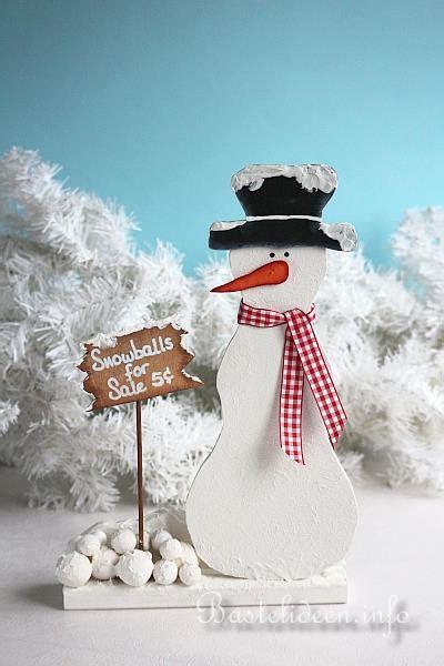 weihnachtsbasteln mit kindern vorlagen basteln mit holz weihnachten laubsaegearbeit schneemann