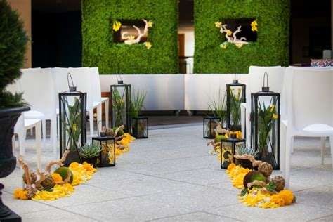 Yellow wedding decor ideas elitflat modern beach chic yellow wedding ideas every last detail junglespirit Choice Image