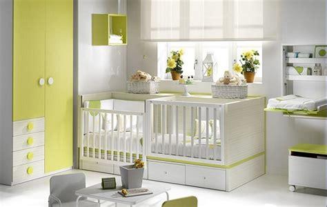 chambre jumeaux bébés jumeaux co le site des parents