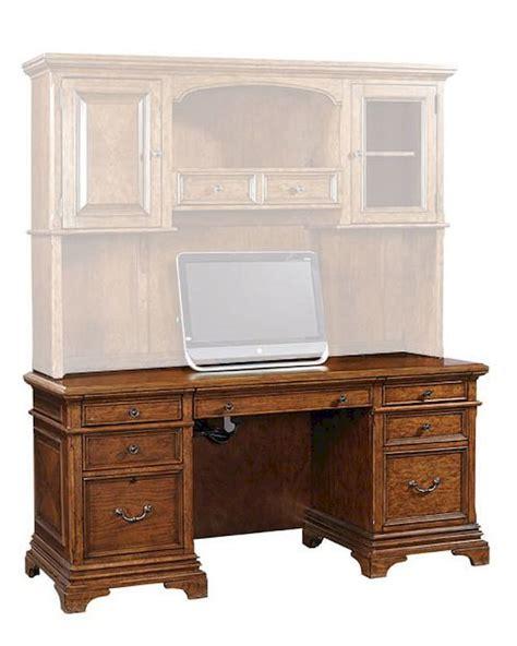 aspen home computer desk aspenhome credenza desk hawthorne asi26 316 18