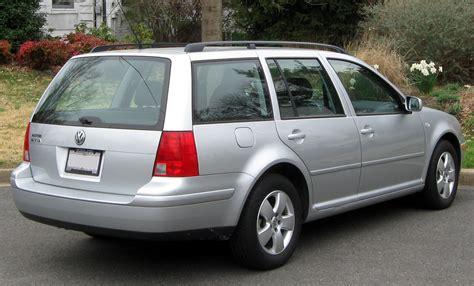 Volkswagen Jetta Wagon -- 03-16-2012.jpg