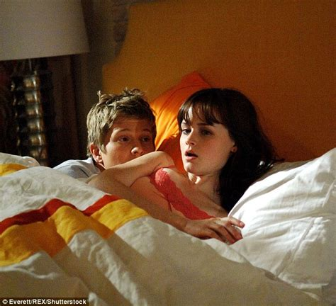 Fifty Shades Of Grey Images Alexis Bledel And On Screen Former Flame Matt Czuchry Are 39 Reunited 39 On Set Of Gilmore Girls