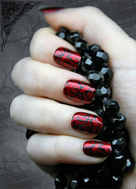 halloween nail art nail polish ideas fashion