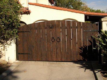 wood driveway gates swinging driveway gates driveway
