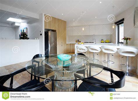 cuisine incorpor馥 conforama cuisine avec salle a manger intgre cuisine by carlos domenech cuisine maison moderne 4 chambres cuisine spacieuse avec lot central grande salle