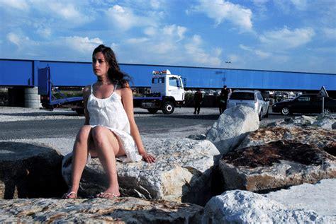q laurent bouhnik 2011 online helene zimmer sinematurk
