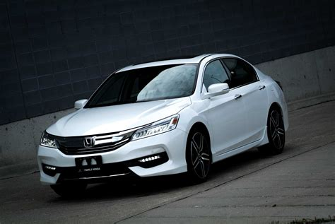Honda Accord by 2016 Honda Accord Review Now Apple Android Smart