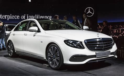 car mercedes 2017 2017 mercedes benz e class photos and info news car
