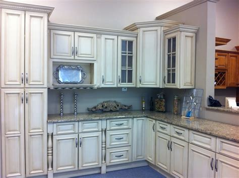 glazing kitchen cabinets before and after oak kitchen cabinets home design idea