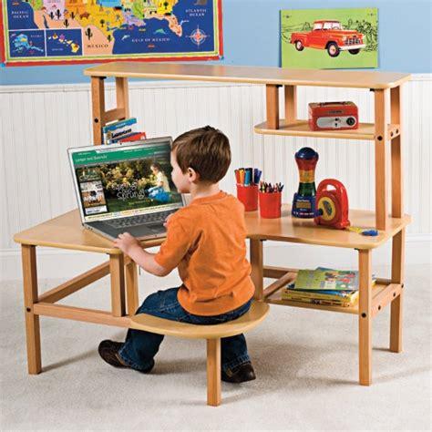 preschool computer desk with hutch for marta 884 | 0184d245e9532b8200484992bcda7f2e