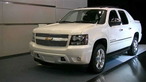 2012 Chevrolet Avalanche by 2012 Chevrolet Avalanche Exterior And Interior At 2012