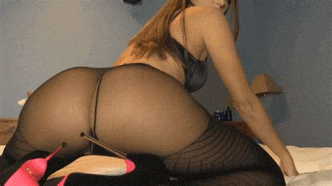 Bratty Bunny  Girls In Pantyhose Luscious