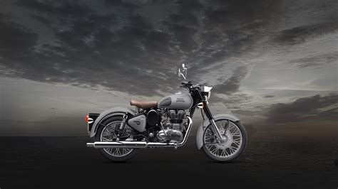 Royal Enfield Bullet 350 4k Wallpapers by Royal Enfield Classic Hd Wallpapers 1080p