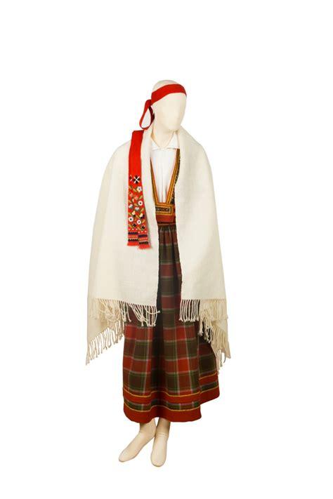 Bauņu meitas tērps — Katram Savu Tautastērpu   Folk design ...