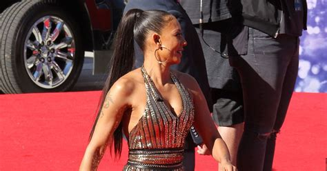 mel b appears without wedding ring on america s got talent