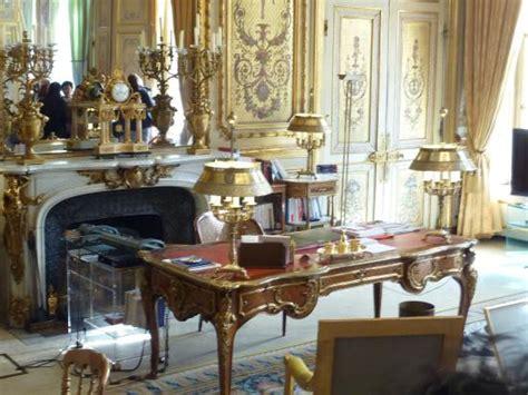 bureau chs elysees palais de l 39 elysée cour d 39 honneur photo de
