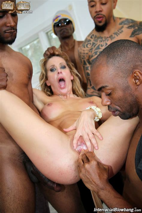 Interracial Blowbang Cherie Deville Xxxblod Blowjobs 66year Sex Hd Pics