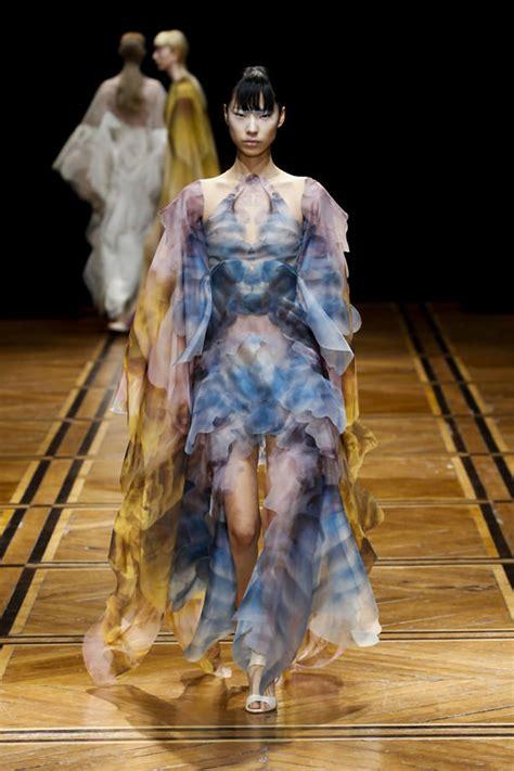 paris fashion week iris van herpen spring  couture
