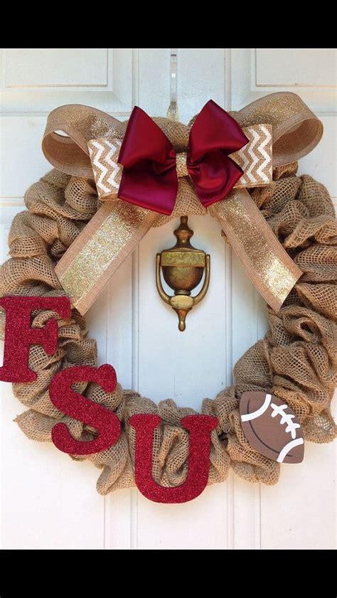 Football Wreath Decorations - 1000 ideas about football team wreaths on
