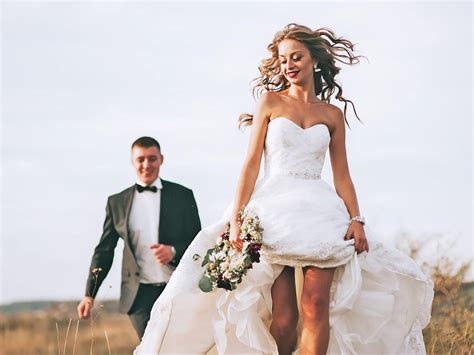 Is Renting Your Wedding Gown A