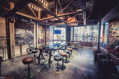 A relaxing ambience, glamorous décor, live music and karaoke all await you at this grand, vibrant café in hyderabad. 15 Best Cafes in Hyderabad to Hangout - Treebo Blog