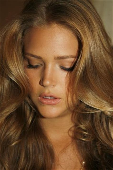 Hair Colour Golden by 17 Best Ideas About Golden Brown Hair On