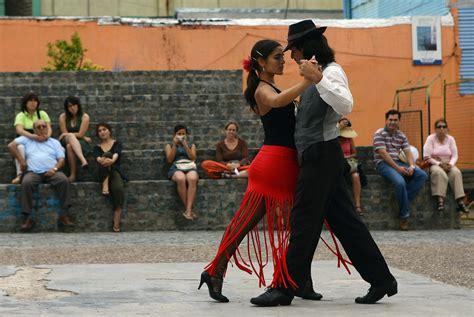 A Tango Dancer's Playlist: Top 10 Tangos
