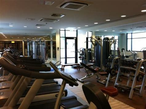 salle de fitness picture of novotel convention wellness roissy cdg roissy en
