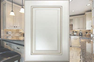 price kitchen cabinets brentwood antique white cabinets craftsman kitchens 1650