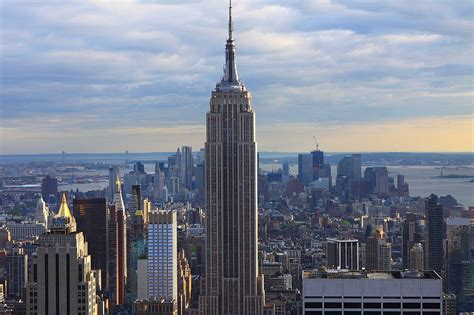 Visit Empire State Building And Enjoy The View Of New York