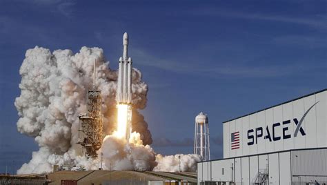 giant step   private space industry spacex