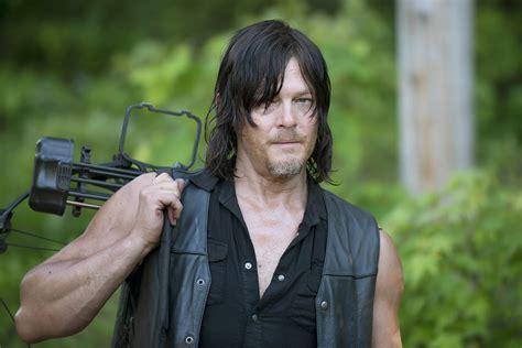 'the Walking Dead' Star Norman Reedus Bitten By Psycho Fan