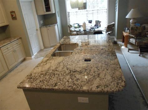 Granite-countertop-colors-spaces-transitional-with-bianco
