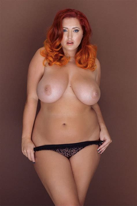 Lucy Collett Sexy And Topless 5 New Photos Thefappening
