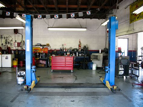 Repair Shops by Six Steps To An Easy And Safe Vehicle Setup Technician