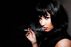 Demi Lovato's Smoking Photos Cause Uproar | Obsev